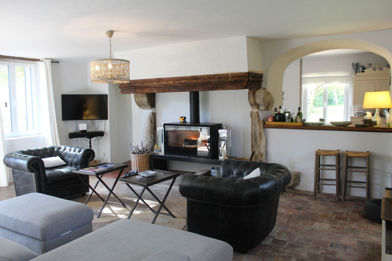 French property for sale in Crulai, Orne - €450,000 - photo 4
