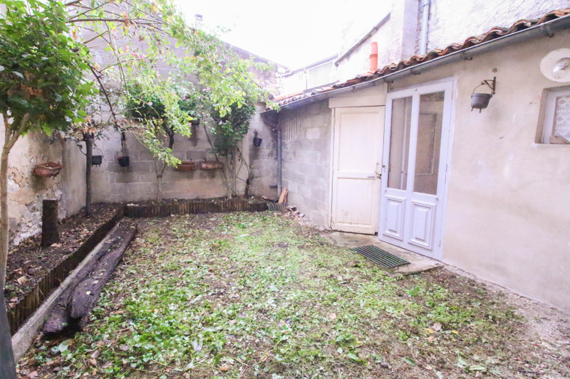 French property for sale in Montignac-Charente, Charente - €77,000 - photo 9