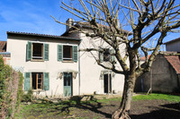 French property, houses and homes for sale inLa Croix-sur-GartempeHaute-Vienne Limousin