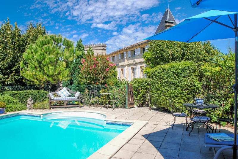 French property for sale in Saint-Émilion, Gironde - €1,199,000 - photo 2