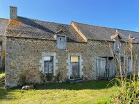 French property, houses and homes for sale in Plénée-Jugon Côtes-d'Armor Brittany