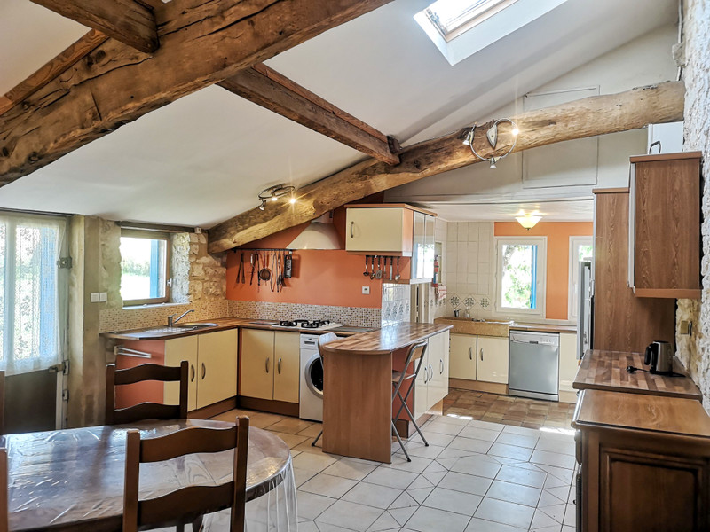 French property for sale in Issigeac, Dordogne - €345,000 - photo 4
