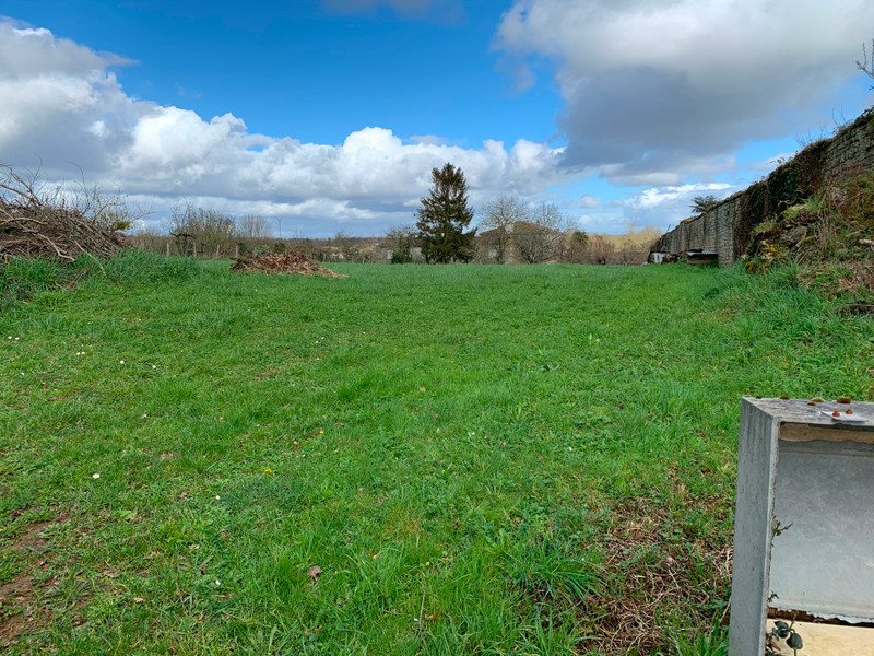 French property for sale in Melle, Deux-Sèvres - €64,275 - photo 6