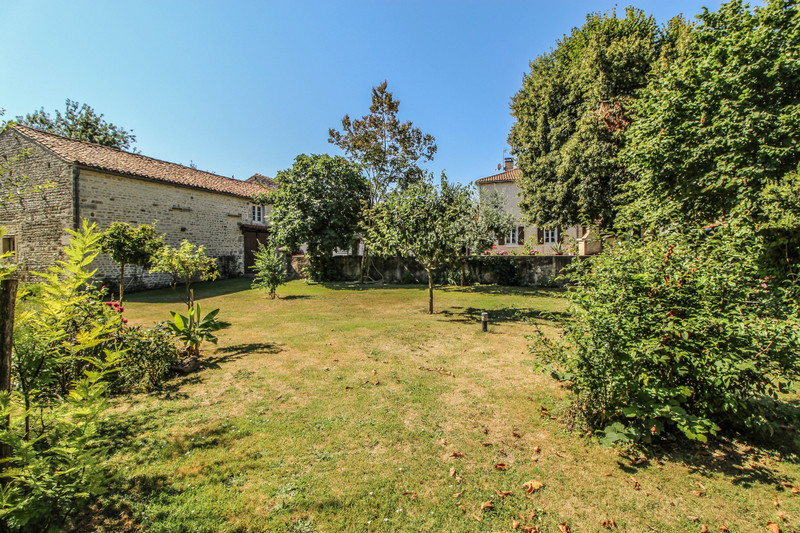 French property for sale in Mansle, Charente - €278,200 - photo 10