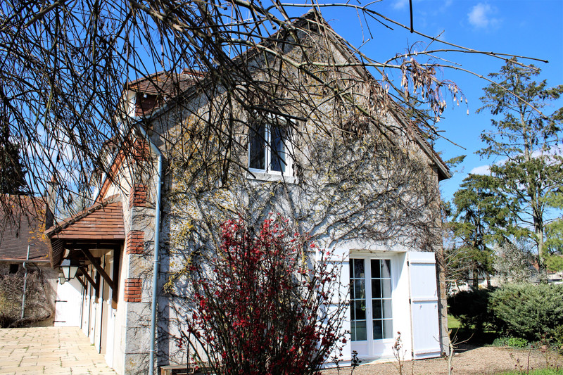 French property for sale in Blois, Loir-et-Cher - €318,000 - photo 7