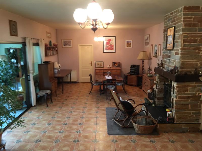 Maison à vendre à Saint-Pierre-du-Palais, Charente-Maritime - 224 700 € - photo 3
