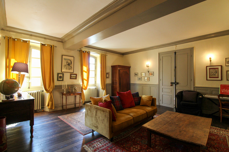 French property for sale in Voulmentin, Deux-Sèvres - €251,450 - photo 3