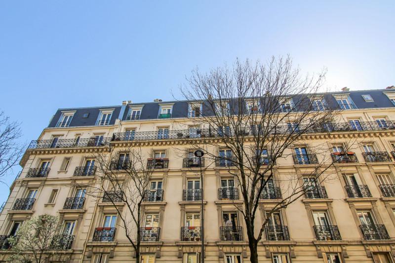 Appartement à vendre à Paris 18e Arrondissement, Paris - 418 999 € - photo 3
