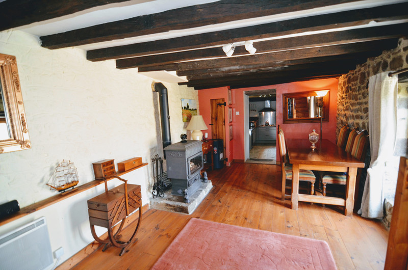 French property for sale in Soucé, Mayenne - €195,000 - photo 5