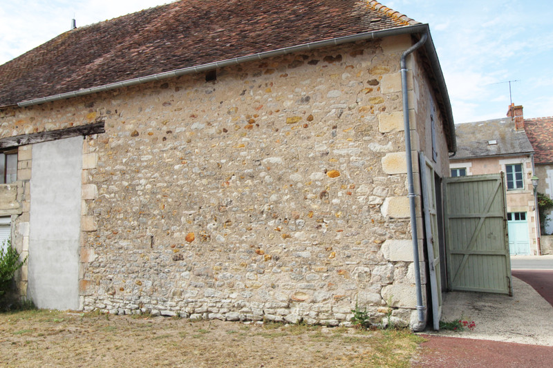French property for sale in Saint-Léomer, Vienne - €40,000 - photo 4
