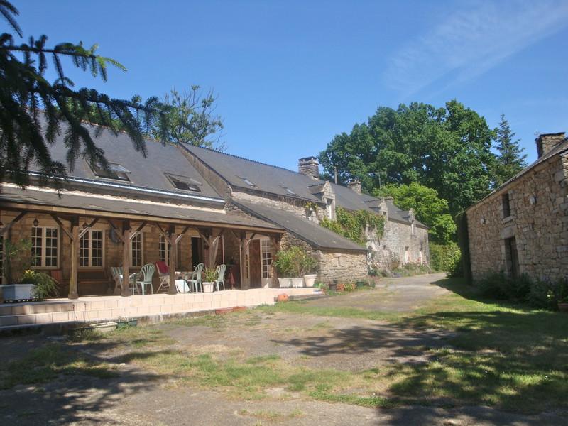French property for sale in Limerzel, Morbihan - €578,000 - photo 2