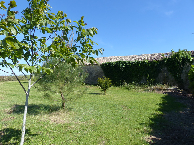 French property for sale in Cozes, Charente Maritime - €95,000 - photo 10
