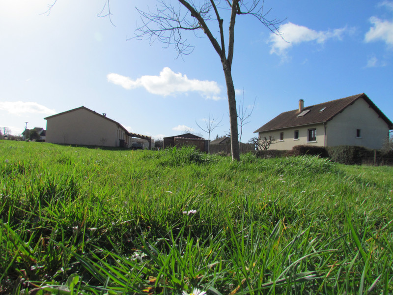 French property for sale in L'Isle-Jourdain, Vienne - €24,600 - photo 10