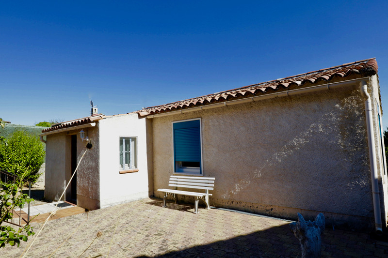 French property for sale in Reillanne, Alpes-de-Hautes-Provence - €230,400 - photo 3