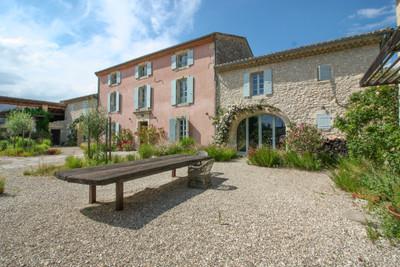 housein La Garde-Adhémar