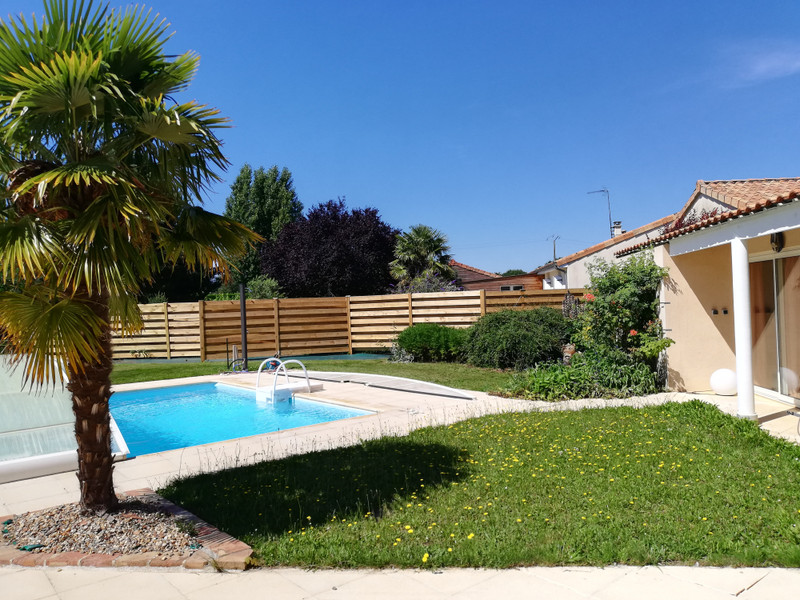 French property for sale in Vasles, Deux Sevres - €347,680 - photo 2