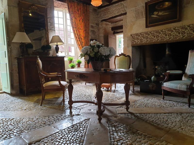 French property for sale in Tourtoirac, Dordogne - €530,000 - photo 6