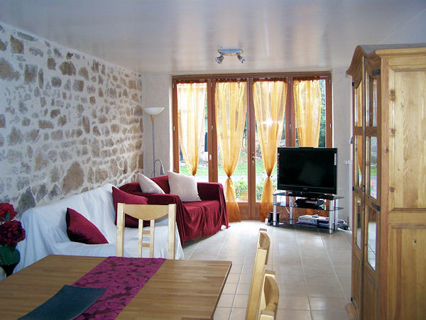 French property for sale in Lafat, Creuse - €205,200 - photo 5