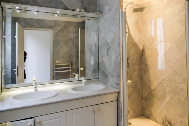 French property for sale in Paris 11e Arrondissement, Paris - €530,000 - photo 10