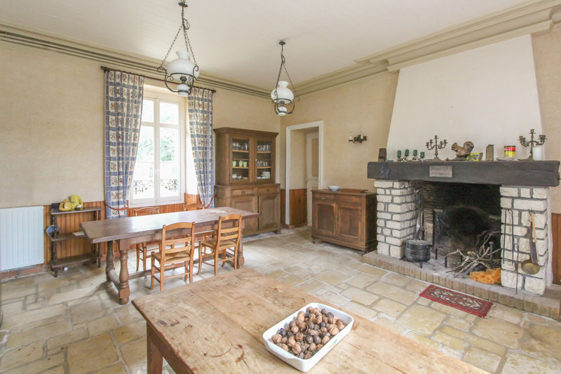 French property for sale in Fenioux, Deux-Sèvres - €359,976 - photo 4