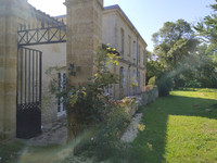French property, houses and homes for sale in Cadaujac Gironde Aquitaine