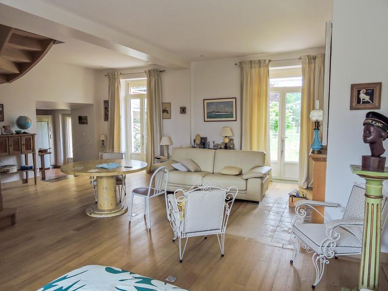 French property for sale in Le Buisson-de-Cadouin, Dordogne - €477,000 - photo 4