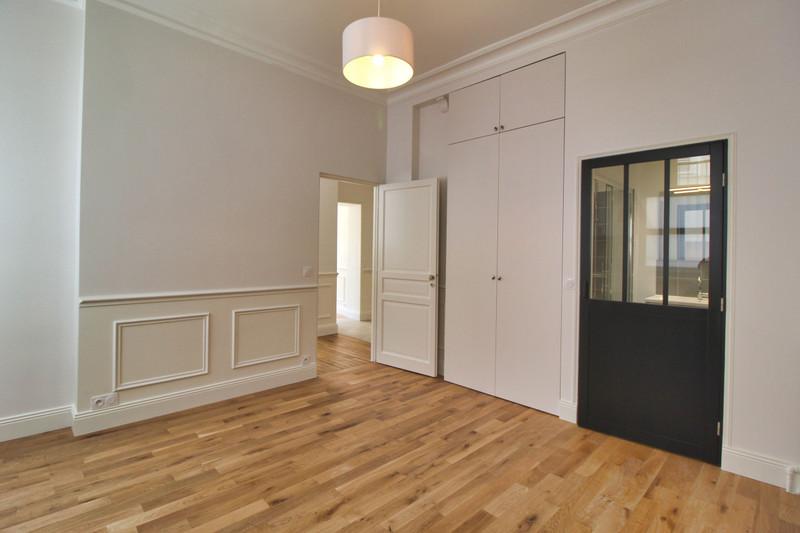 French property for sale in Paris 7e Arrondissement, Paris - €1,000,000 - photo 7