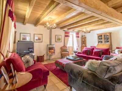 Stunning farmhouse with 5 annex apartments & pool. Samoens. Easy access to Geneva. Beside ski lift.
