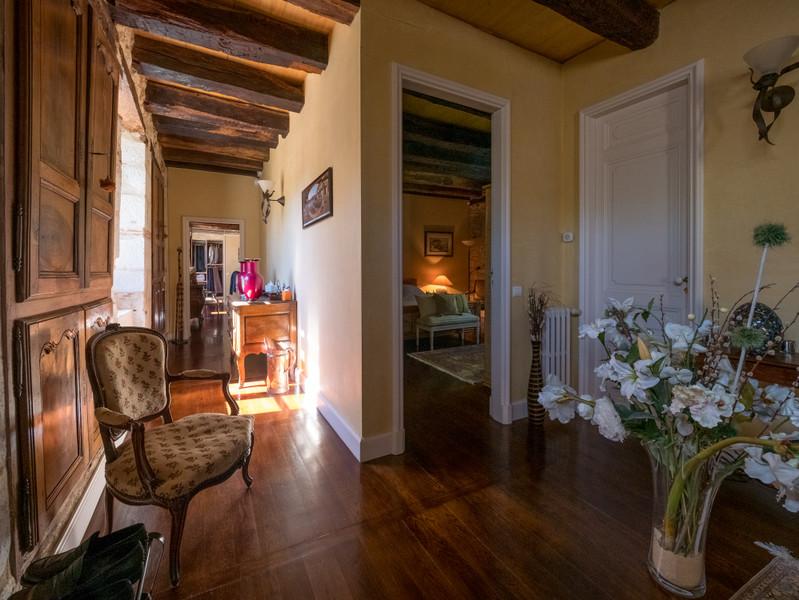 Maison à vendre à Eyliac, Dordogne - 940 000 € - photo 8