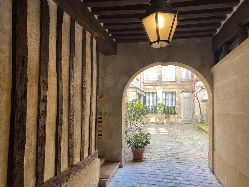 French property for sale in Paris 4e Arrondissement, Paris - €1,596,000 - photo 10