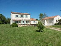 French property, houses and homes for sale inÉchebruneCharente-Maritime Poitou_Charentes