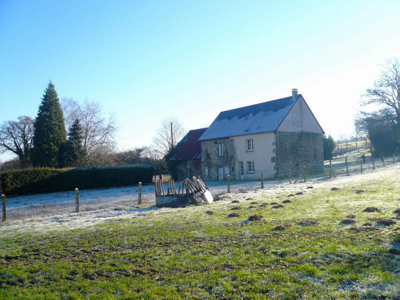 French property for sale in Cerisy-Belle-Étoile, Orne - €56,000 - photo 2