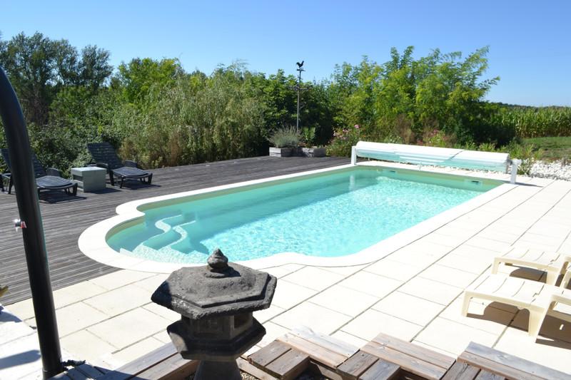 French property for sale in Lauzun, Lot et Garonne - €399,995 - photo 4