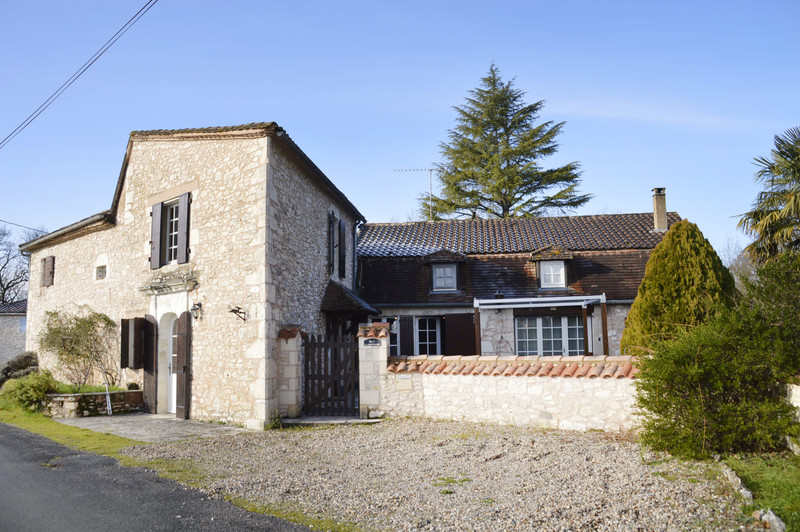 French property for sale in Monflanquin, Lot et Garonne - €349,000 - photo 2