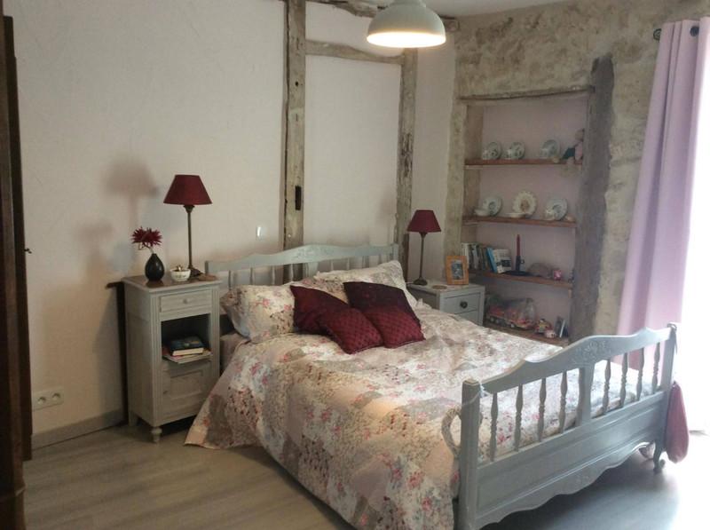 French property for sale in Lauzun, Lot et Garonne - €399,995 - photo 9