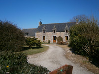 French property, houses and homes for sale inMaël-PestivienCôtes-d'Armor Brittany