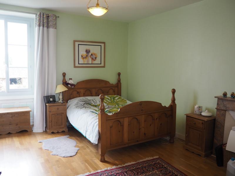 French property for sale in Saint-Jean-de-Sauves, Vienne - €183,750 - photo 6