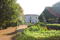 French property, houses and homes for sale inMoulonGironde Aquitaine