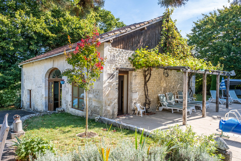 French property for sale in Champagne-et-Fontaine, Dordogne - €599,960 - photo 7