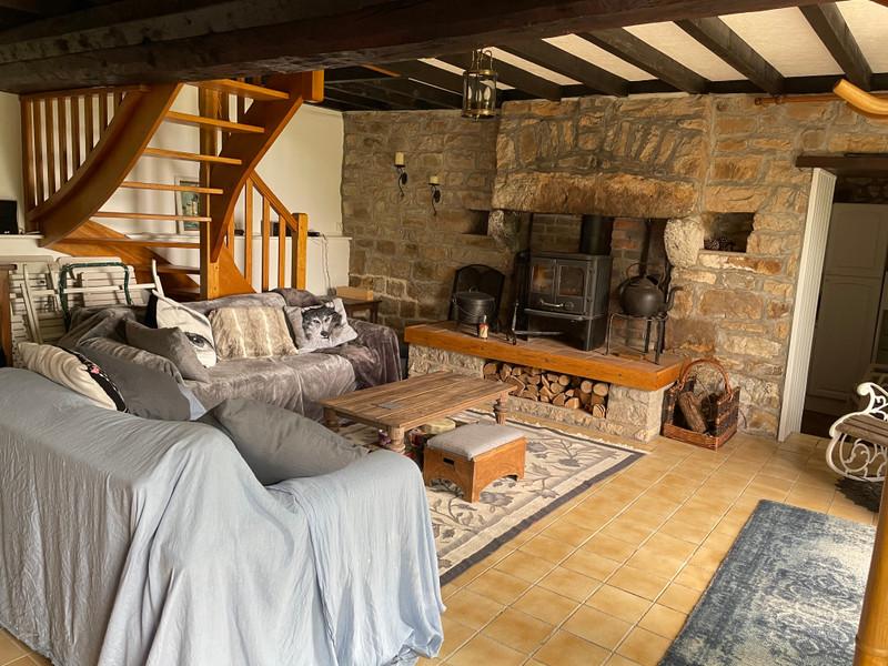 Maison à vendre à Domfront en Poiraie, Orne - 104 500 € - photo 5