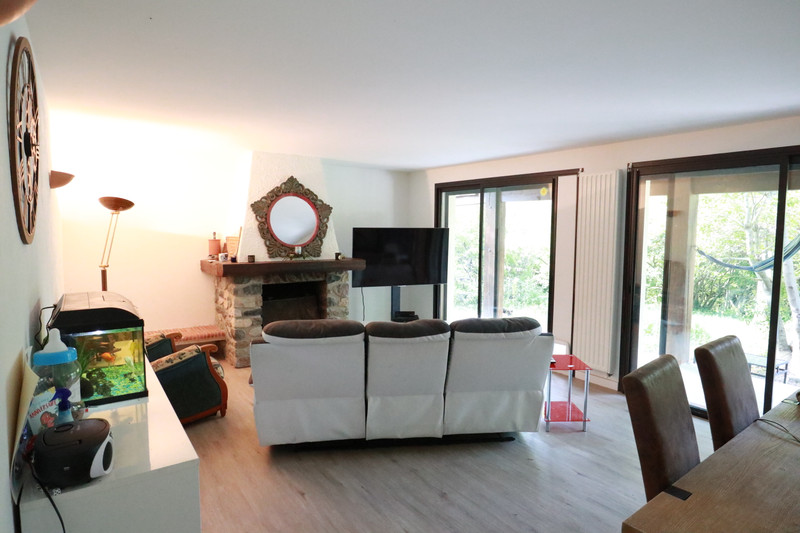 French property for sale in Pierrevert, Alpes-de-Hautes-Provence - €369,900 - photo 5