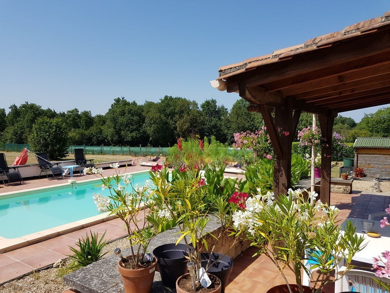 French property for sale in Champagne-et-Fontaine, Dordogne - €295,000 - photo 10