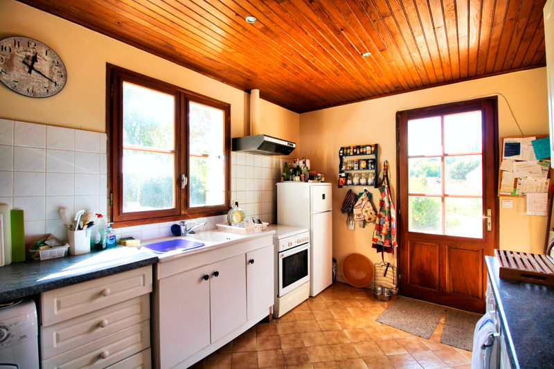 French property for sale in Néré, Charente-Maritime - €149,330 - photo 5