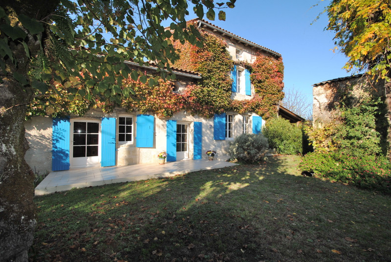 French property for sale in Branne, Gironde - €460,000 - photo 2