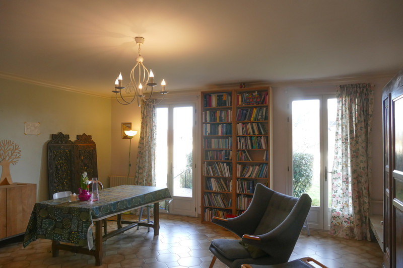 French property for sale in Bourbon-l'Archambault, Allier - €207,675 - photo 2