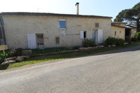 French property, houses and homes for sale inSaint-Pey-de-CastetsGironde Aquitaine