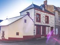 maison à vendre à Saint-Georges-le-Gaultier, Sarthe, Pays_de_la_Loire, avec Leggett Immobilier