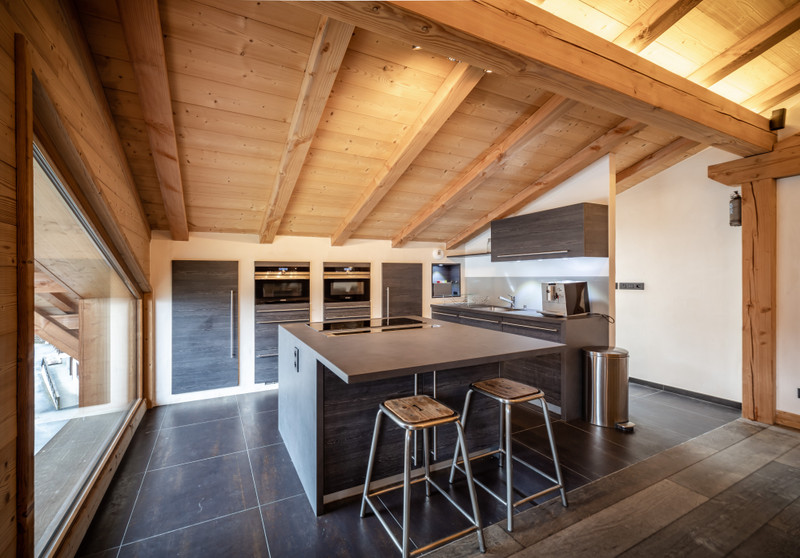 French property for sale in Morzine, Haute Savoie - €1,100,000 - photo 7