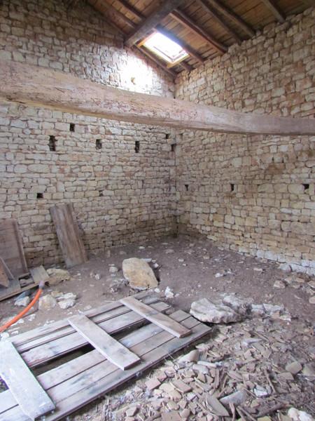 Maison à vendre à Melle, Deux-Sèvres - 41 000 € - photo 10