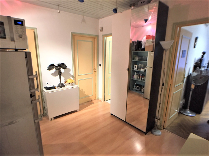 French property for sale in Nice, Alpes-Maritimes - €199,500 - photo 3